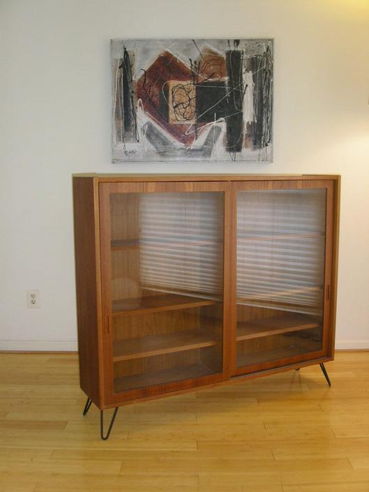 Danish Modern Teak Bookcase or Display Case / Credenza from Hundevad of Denmark