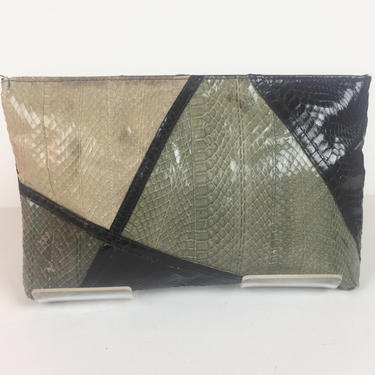 Vintage 1980s Gray Black and Taupe Snakeskin Convertible Clutch by timelesspieces