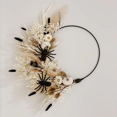 Spooky Dried Boho Wreath, Spooky Chic Halloween Wreath with Ruscus and Pampas, Blush Dried Fall wreath, Dried Foliage Wreath by NovaWreaths