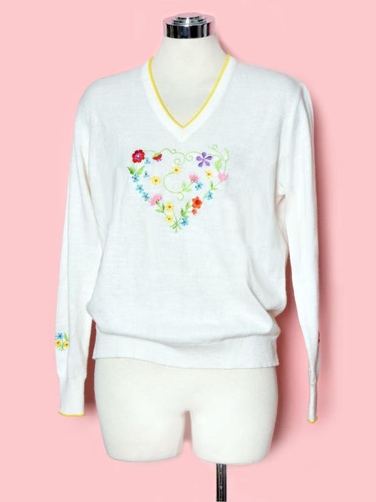 Vintage Embroidered Heart Pullover Sweater, White, Floral, Yellow V Neck, Acrylic, 1970's Boho Rockabilly by Boutique369