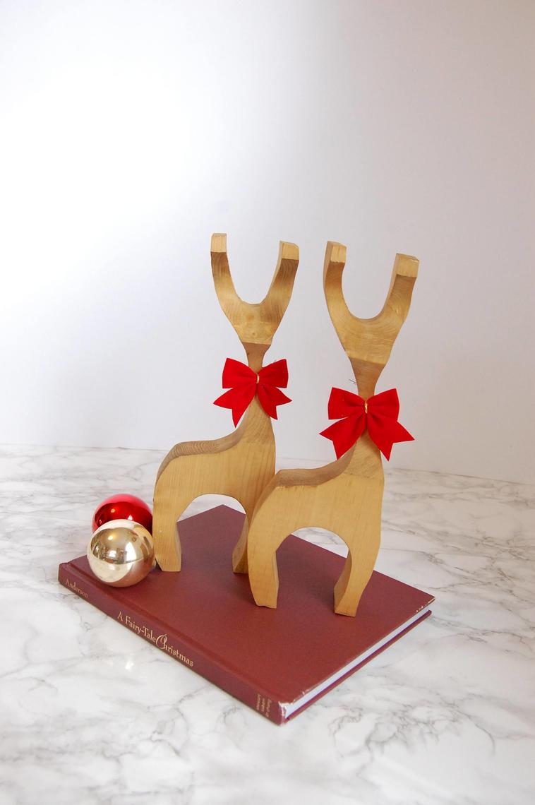 Wood Reindeer Decorations