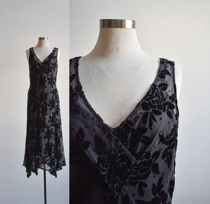 90s Does the 20s Black Velvet Dress by milkandice
