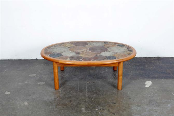 coffee table 1052