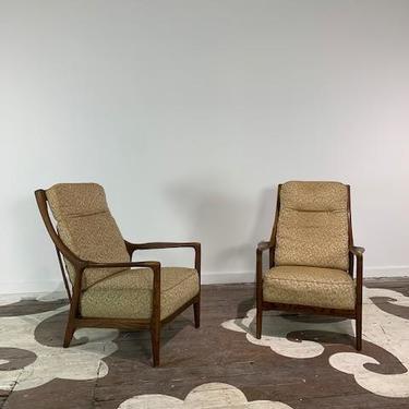 Modern recliner - Jamestown American