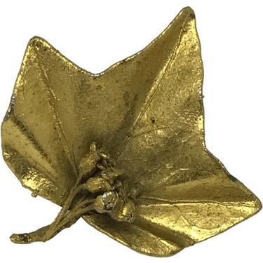 80s Gold Leaf Brooch