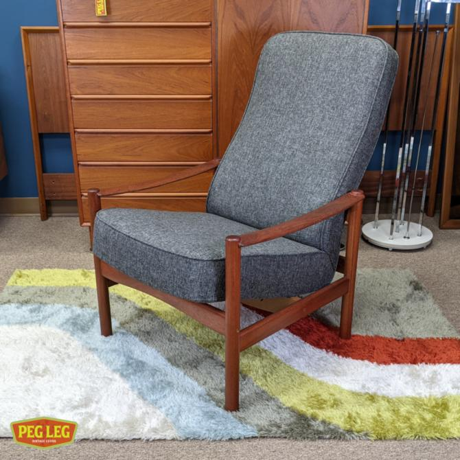 Danish Modern teak reclining lounge chair by Westnofa