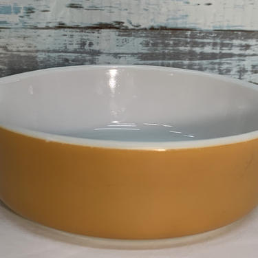 "Pyrex ""Old Orchard"" #471-B casserole dish by JoyfulHeartReclaimed"