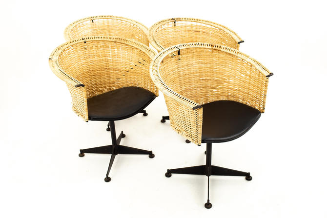 Arthur Umanoff for Shaver Howard Mid Century Iron and Vinyl Wicker Chairs - Set of 4 - mcm by ModernHill
