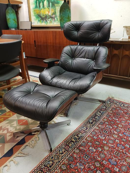 Vintage Selig Lounge Chair & Ottoman in the style of Eames