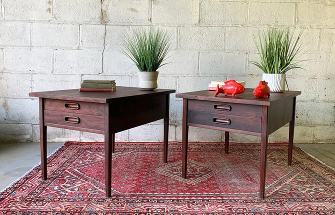 Mid Century Modern ROSEWOOD NIGHTSTANDS / End TABLES by Jack Cartwright for Founders by CIRCA60