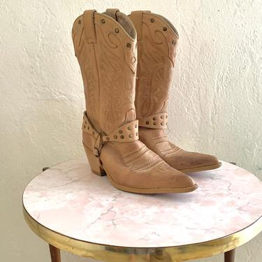 vintage tan leather cowboy boots // harness western boots //  size 7 / 8 by HarlowsVintage