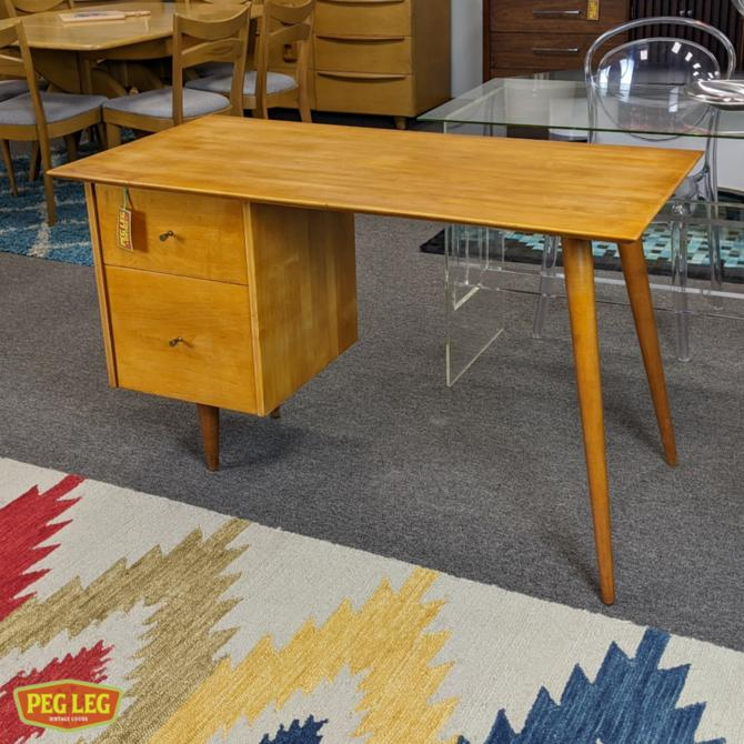 Mid-Century Modern maple desk from the Planner Group by Paul McCobb