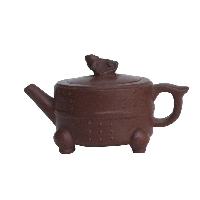 Chinese Handmade Yixing Zisha Clay Teapot With Artistic Accent ws122E by GoldenLotusAntiques