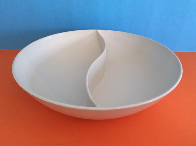 White Melmac Divided Bowl by Marquest Melmac Chicago by nauhaus
