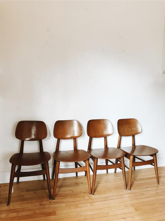 SET OF 4 MID CENTURY <BR> THONET DINING CHAIRS