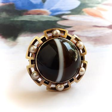 Antique Victorian Banded Agate Seed Pearl Ring 18K 10K by YourJewelryFinder