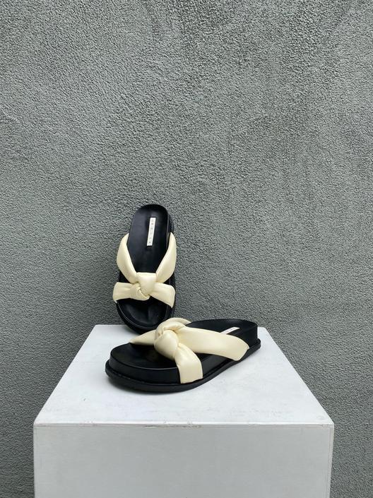 Bella Sandals Ivory