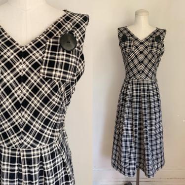 Vintage 1940s Black & White Plaid Corduroy Dress / XS by MsTips