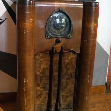 Art Deco Antique Zenith Radio Console