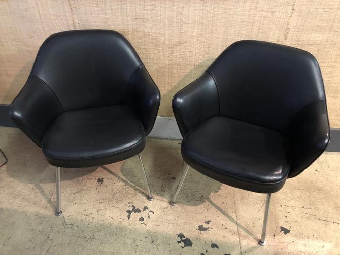 Saarinen executive armchairs