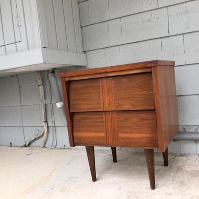 Midcentury 2 Drawer Nightstand End Table
