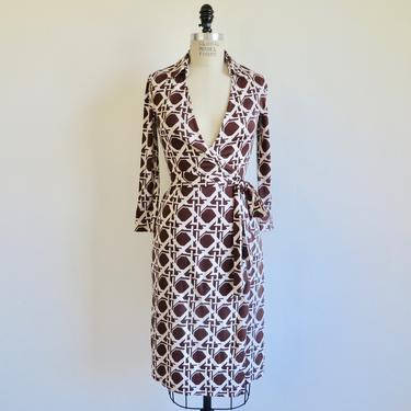Vintage Diane Von Furstenberg Silk Knit Wrap Dress Brown and White Cane Weave Print Size 4 DVF 1970's Style by seekcollect