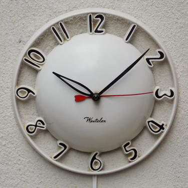 Westclox Atomic White Round Dome Wall Clock, Melody Clock, with small crack by ilikemikes