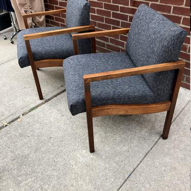 Pair of Mid Century Lounge Chairs by bcdrygoods