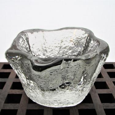 Timo Sarapevo Ice Glass Bowl by ArtloversFinds