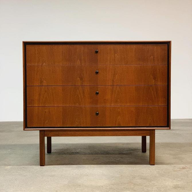 Milo Baughman Walnut Chest by Glenn of Calfornia by midcenTree