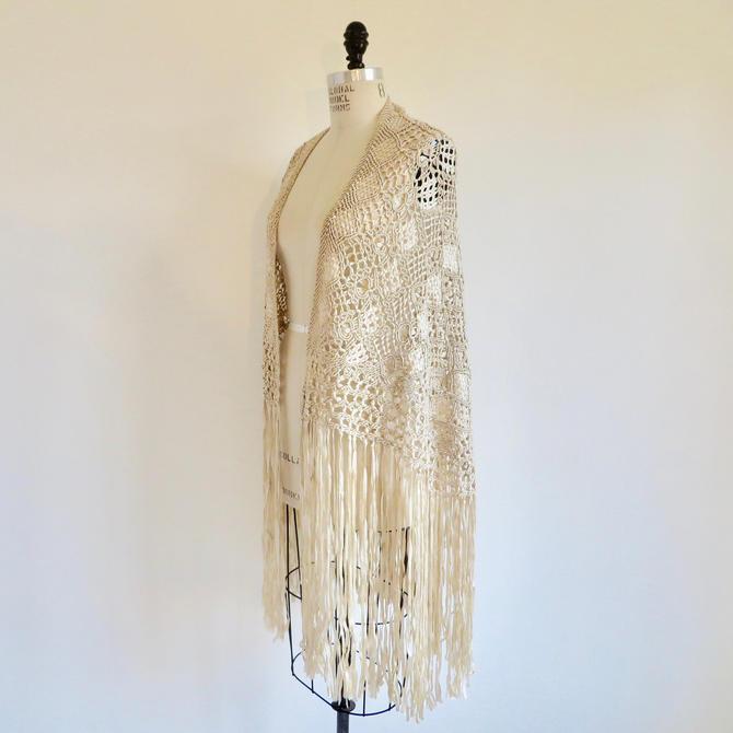 Vintage 1920's Art Deco Ivory Cream Silk Ribbon Knotted Crochet Fringe Shawl Wrap Macrame Bridal Wedding Flapper Boho Hippie One Size by seekcollect