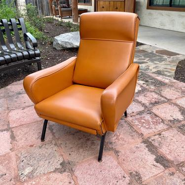 Italian Mid Century Modern Reclining Arm Chair in Warm Tan Vinyl Upholstery by PrimaForme