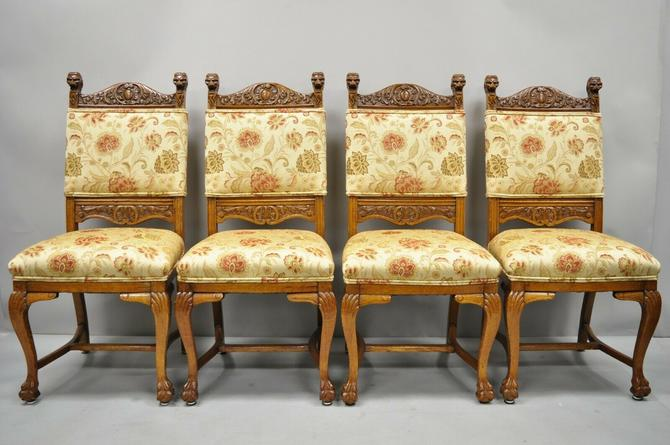 Set of 4 Antique Carved Oak Victorian Lion Head Renaissance Revival Dining Chair