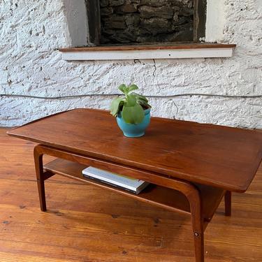Mid century coffee table Danish modern coffee table mid century occasional table by VintaDelphia