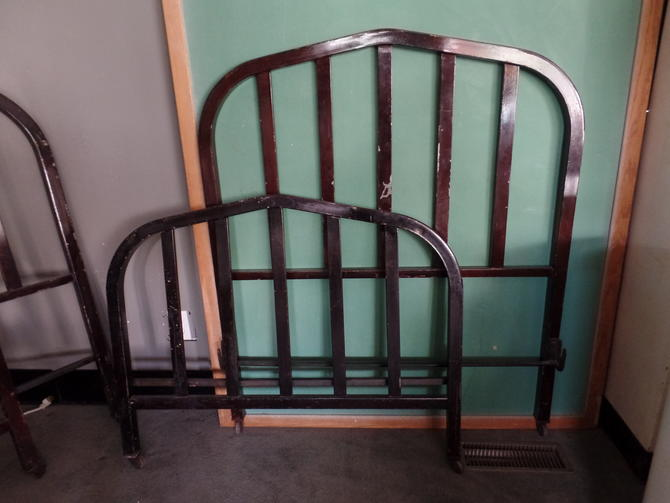 Early 20th Century Institutional Metal Twin Bed
