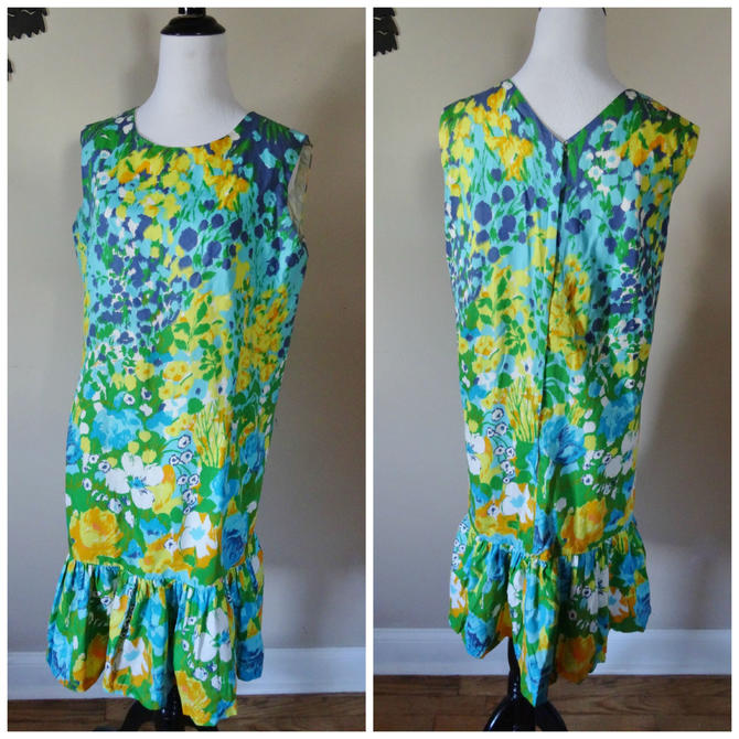 Vintage 1960's Mermaid Hem Dress / 60s Floral Cotton Dress XL by SilhouettetsyVintage