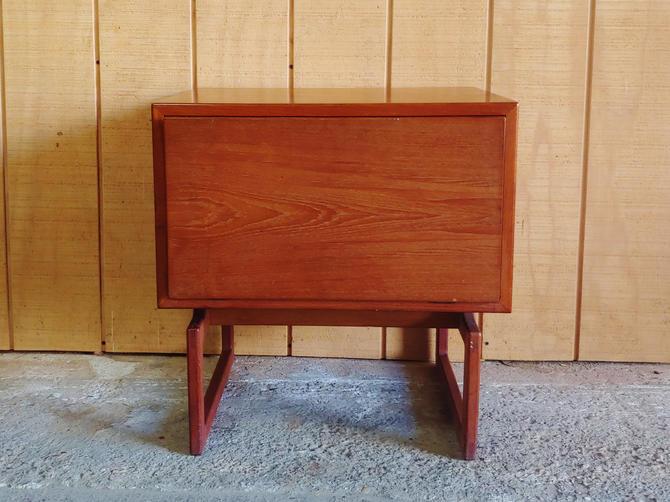 Vintage Danish Modern Teak Side Table Nightstand With Dropdown Front by ModandOzzie