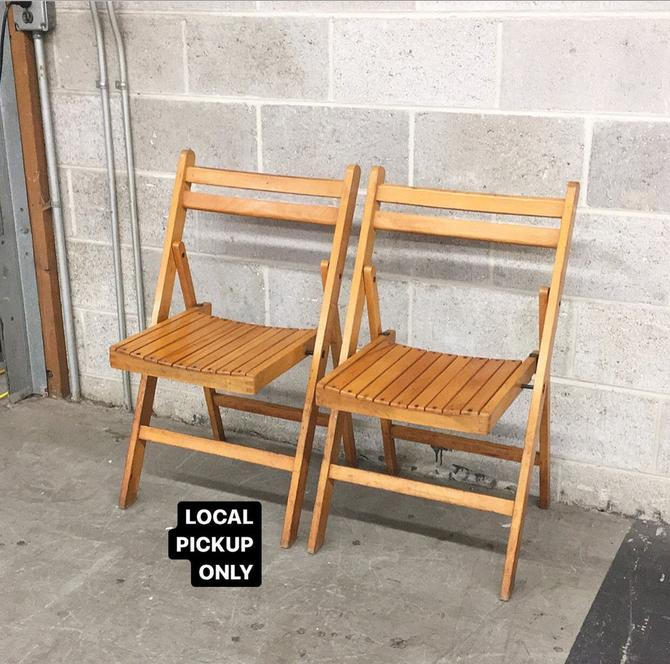 LOCAL PICKUP ONLY ———— Vintage Folding Chairs ———— Sold as Two Sets of 2 by RetrospectVintage215