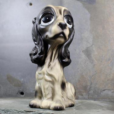 Big Eyed Dog Figurine - Margaret Keane Big Eyed Style - Circa 1960s - Black & White English Cocker Spaniel   FREE SHIPPING by Trovetorium