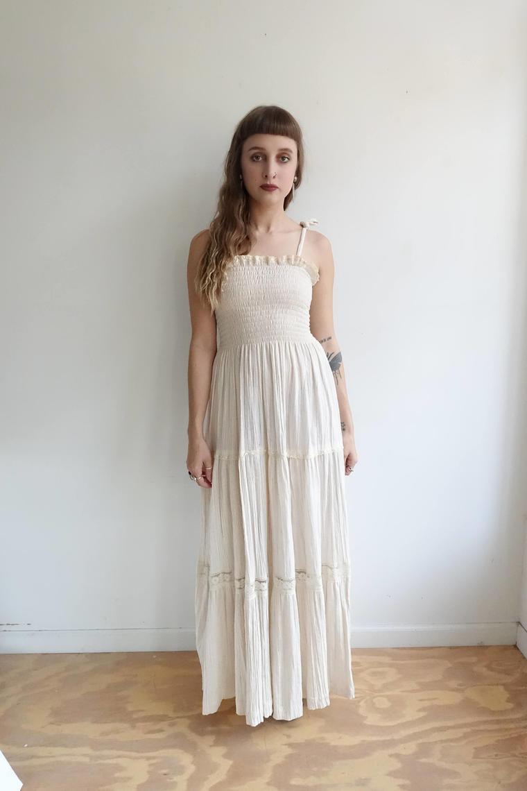 b1cc71c73edd61 Maxi Dress White Lace Top Skirt Sleeveless