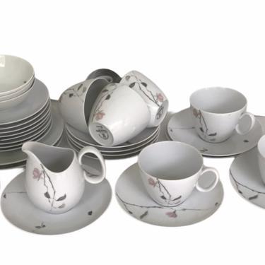 Rosenthal Modern Quince Pattern Coffee Breakfast Service by Raymond Loewy 1956-1964 Germany