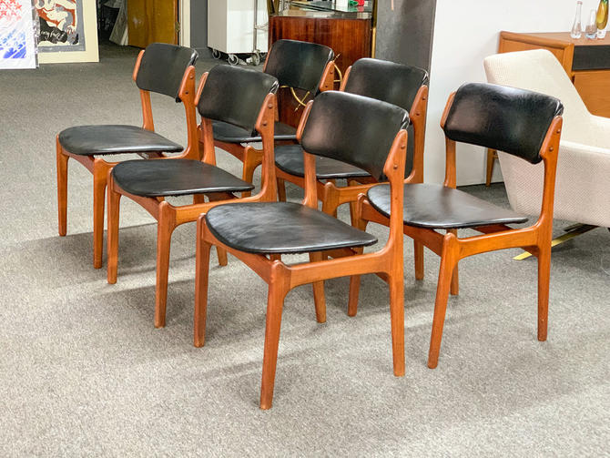 Set of 6 eric buch dining chairs