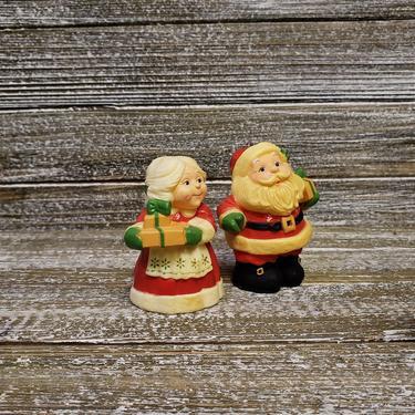 Vintage Mr n Mrs Santa Claus Salt n Pepper Shakers, Hallmark Christmas Salt Pepper Set, Holiday Kitchen S&P Shaker, Vintage Christmas by AGoGoVintage