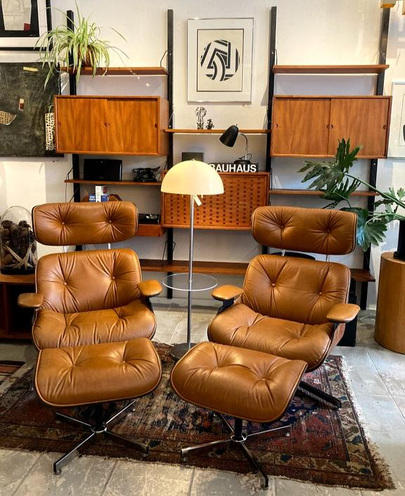A Pair of Vintage Mid Century Lounge Chairs and Ottomans by Selig