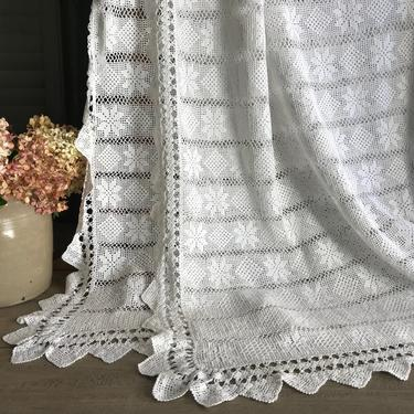 French White Lace Blanket Bedcover Coverlet Bedspread Cotton Crochet by JansVintageStuff