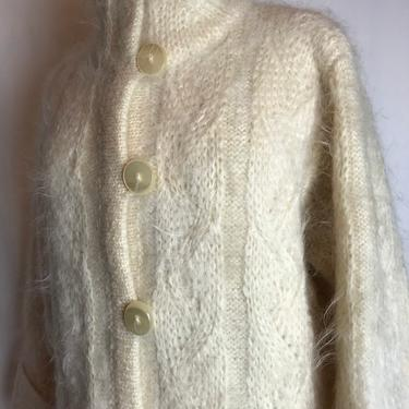 70's Vintage Italian mohair knit sweater coat~ long knit cardigan jacket ~ off white natural woven hairy sweater~ 1970's size Medium by HattiesVintagePDX