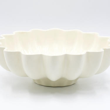 Mid Century Red Wing Console Bowl, Scalloped, Fluted, Serving Bowl, No. 1620, White, Cream, Vintage Pottery, Dinnerware, Winter Holiday by TripodVintage