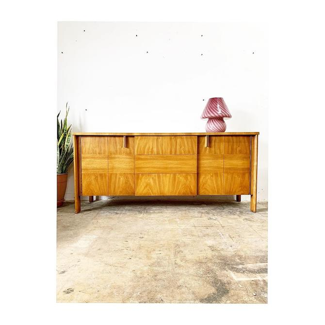 Mid Century Modern Dale Ford for John Widdicomb Console Credenza or Buffet by FlipAtik