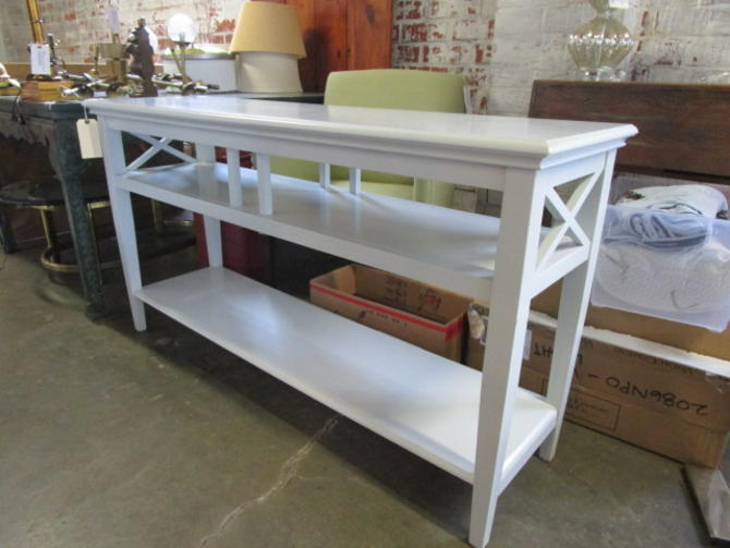 WHITE PAINTED SOFA/CONSOLE TABLE