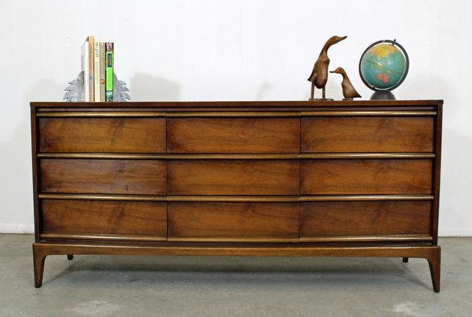 Mid-Century Modern Lane Rhythm Sculptural Walnut Dresser Credenza by AnnexMarketplace